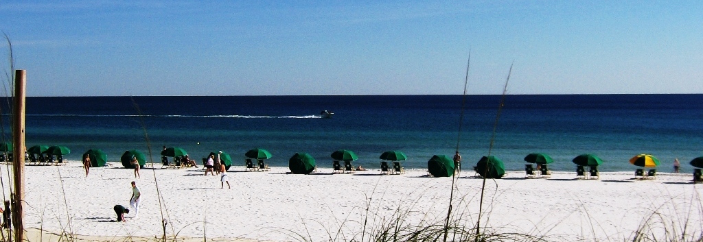 The picturesque beaches and blue waters of fishing-destination Destin Florida.