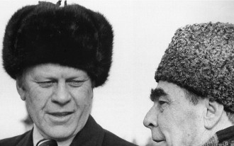 Ford and Brezhnev 1974 wearing warm winter hats