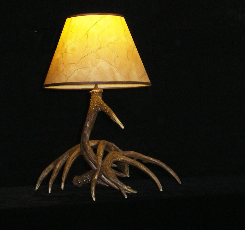 2015-new-artistic-antler-featured-desk-lamps