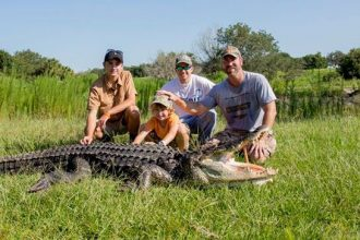 gator hunting in florida with get bit outdoors