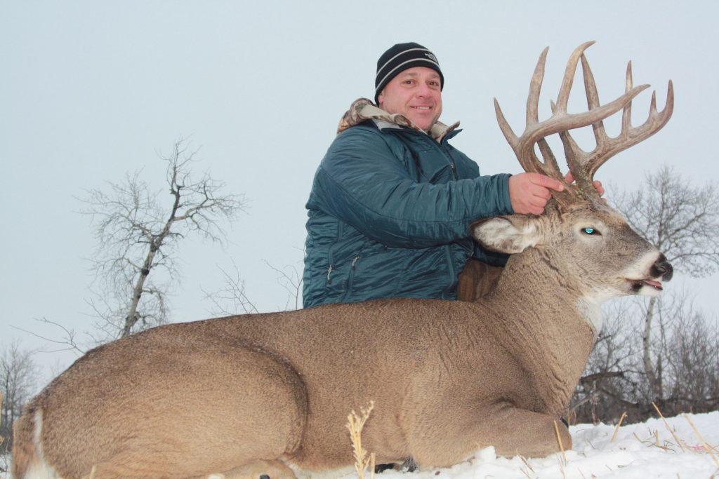 trophy whitetail deer harvested at three lakes trophy ranch
