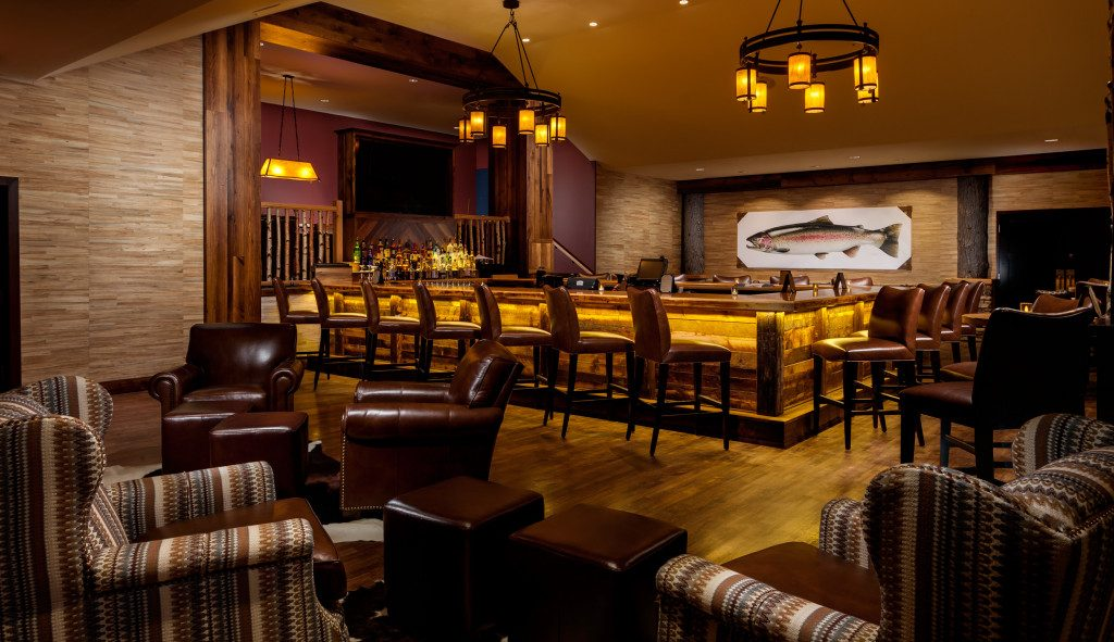 Tailwater Lounge