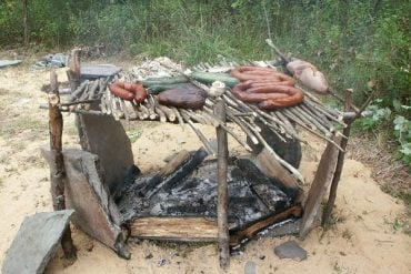 How to Build a Green-Wood Grill for Camp Cooking