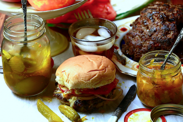 For Mother's Day, Some Fantastic Venison Burgers with a Spicy Zing!